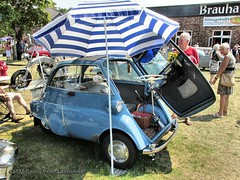 BMW Isetta - Bottrop-Kirchhellen_8292_2015-07-05 (linie305) Tags: auto show classic cars car festival vintage germany deutschland automobile meeting autoshow vehicles event german bmw vehicle oldtimer autos ruhrgebiet carshow germancar isetta bottrop ruhrarea youngtimer automobil bubblecar 2015 kirchhellen kraftfahrzeug westfälischer kraftfahrzeuge worldcars carmeeting oldtimertag radfahrzeug