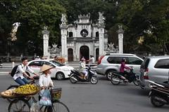 DSC_1373 (Kent MacElwee) Tags: vietnam sea asia southeastasia hanoi capital motorbike traffice street people