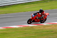 thunderstport-gb-014 (marksweb) Tags: bike championship racing gb motorcycle kawasaki msv oultonpark 400cc thundersport acracing andrewcarden