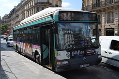 RATP Paris 7033 CL-207-PB (Will Swain) Tags: city travel paris france bus buses st french europe centre capital transport july des transports 15th ratp lazare 2015 parisiens rgie autonome 7033 cl207pb