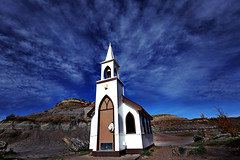 World's Smallest Church in Badland (lfeng1014) Tags: worldssmallestchurch canadianbadlands badlands drumheller alberta canada drumhellerslittlechurch canon5dmarkiii ef1635mmf28liiusm travel lifeng bluesky cloud hdr