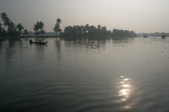 PhotAsia - Alleppey, Kersala, India (Photasia) Tags: alleppey asia india kerala photasia southindia boat boats canals houseboat landscape sunrise waterways