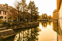 Sunset at Annecy - France. (Bouhsina Photography) Tags: annecy lyon rhone alpes france 2016 quai coucher soleil sunset bouhsina bouhsinaphotography canon 5diii ef2470 reflection arbre reflets warm