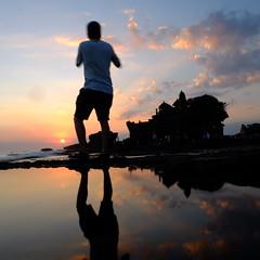 Tanah Lot (martinomarbun) Tags: beach sunset bali matahari terbenam langit water tanahlot brother fujifilm pantai laut