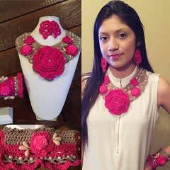Fuchsia/Taupe complete set in crochet. #crochetnecklace (ExoticDesigns) Tags: cuffbracelet crochetbracelet crochetflowers crochetnecklace