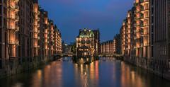 Hamburg - Speicherstadt Panorama (030mm-photography) Tags: panorama rot architecture germany deutschland hamburg architektur fernsehturm bluehour schloss speicherstadt blauestunde elbphilharmonie
