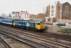 50045 Fratton (British Rail 1980s and 1990s) Tags: station train br diesel rail railway loco trains 80s locomotive passenger eighties 50 1980s sr britishrail ee achilles livery englishelectric class50 type4 southernregion locohauled liveried 50045