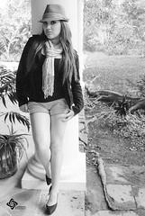 Del bal de los recuerdos, (reeditada) (Ever Candiani Fotgrafo) Tags: woman naturaleza cute blancoynegro girl beautiful wonderful blackwhite nice mujer model gente legs bn modelo sensual lovely guapa hermosa blanconegro xalapa airelibre sesin monocromatico