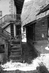 Le village d'Evolène (Canton du Valais, Suisse) (bobroy20) Tags: sion suisse evolène alps alpes escalier