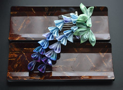 DSC_0244 (Bright Wish Kanzashi) Tags: kanzashi tsumamizaiku hanakanzashi handmade silk textile art japanesetechnique bjdkanzashi bjd doll size