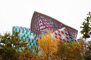 Fondation Louis Vuitton wings in Autumn - Explored!
