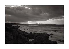 Montirussu n 2 (Franco & Lia) Tags: blackandwhite seascape film analog landscape mare apx100 epson agfa paesaggio argentique pellicola analogico v500 adox noiretblank nikonl35af2 aph09 montirussu