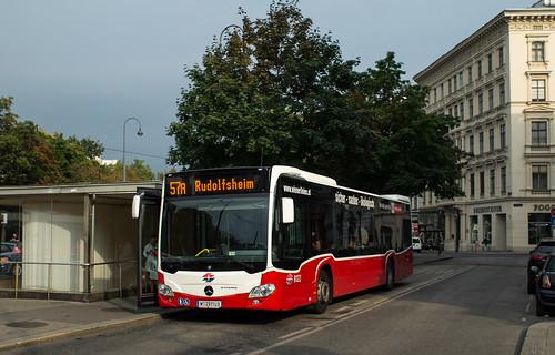 Wiener Linien Mercedes-Benz O530 Citaro # 8122 W-2911LO