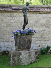 IMG_9746 (SandyEm) Tags: statuary nationaltrust cambridgeshire angleseyabbey gardenstatuary 10may2015