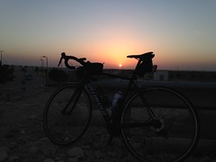 Sunset in Al Ain - Specialized Tarmac (Patrissimo2017) Tags: bicycle alain cycling sunset