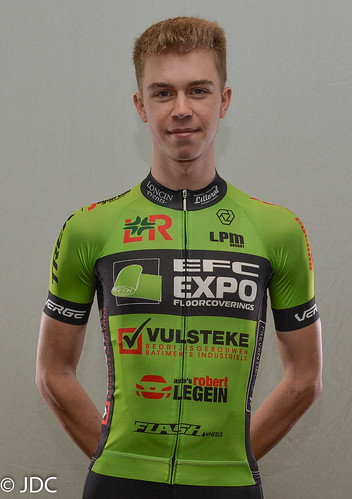 EFC-L&R-VULSTEKE U23 Cycling Team (3)