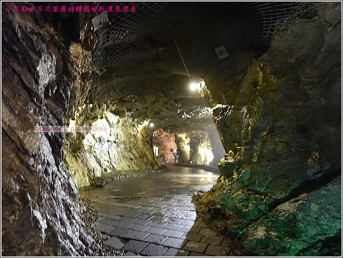 光明洞窟 (29).JPG