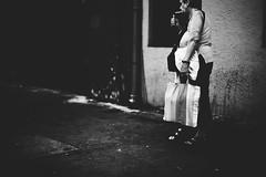 L1007379 (Fahad0850) Tags: leica m m240 street streetphotography zeiss 50mm 15 budapest blackandwhite bw