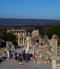 IMG_446a3 (goaniwhere) Tags: ephesus ephesusturkey turkey ancientcity historicsite history rubble ruins grandtheatre libraryofcelsus mycenean