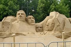 Sandsation 2005 (Fanfest WM2006), Berlin (cd.berlin) Tags: berlin 2006 sandsation sandskulpturen sand sculpture wm2006 wm wc2006 worldcup fusball football soccer cdberlin