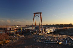 """The foot bridge"" Iron Wharf, Faversham early this morning at dawn (favmark1) Tags: faversham favershamcreek 2017 365 day21 365challenge dawn morning winter frost ice"