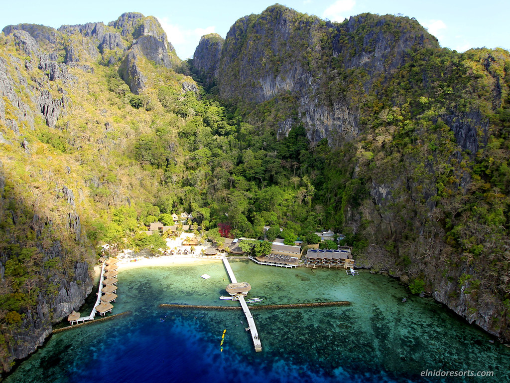 Miniloc Island (Photocourtesy of El Nido Resorts)