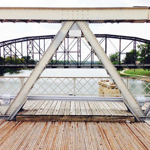 Waco Suspension Bridge: Framework 2