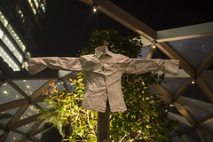 Winter Lights 2017 41 - CrossRail Place Roof Garden (Mac Spud) Tags: winter london light art sculpture easter crucifixion