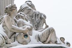Pallas Athene Brunnen (Anita Pravits) Tags: allegorie brunnen elbe fluss moldau pallasathene parlament ringstrase skulptur statue vienna wien allegory fountain monument parliament river sculpture winter schnee snow