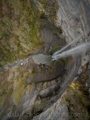 Cascada de Gujuli en Alava (Iñigo Escalante) Tags: cascada alava araba gujuli euskadi pais vasco salto naturaleza paisaje vista aerea dron