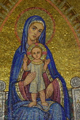 Mary and Jesus (Keith Mac Uidhir  (Thanks for 3.5m views)) Tags: city israel jerusalem holy sacred land  gerusalemme jrusalem isral   jerusaln izrael  yerusalem israil   herusalem        srael