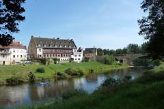 Echternacherbrück, am Ufer der Sauer (p_jp55 (Jean-Paul)) Tags: bridge river germany deutschland rivière pont brücke fluss allemagne rheinlandpfalz sauer echternacherbrück sûre eifelkreisbitburgprüm