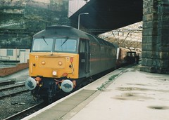 "Royal Train Class 47/7, 47798 ""Prince William"" (37190 ""Dalzell"") Tags: liverpool royal spoon brush duff limestreet princewilliam sulzer ews class47 type4 47798 47072 47834 royalplum class477 d1656 englishwelshscottishrailway 47609"