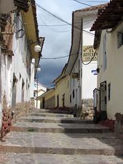 Calle del Cusco, Perú. (DAIRO CORREA) Tags: dairo correa gutiérrez dairocorrea perú peru américa latina america suramérica suramerica latinoamérica latinoamerica andes turismo vacacines viaje travel viaggio