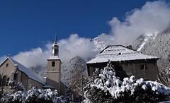 Neige Snow Schnee Yuki (CHAM BT) Tags: neige soleil nuage blanc eglise clocher croix toit arbre forêt snow sun cloud white church tower cross roof tree forest chamonix france hautesavoie batiment building