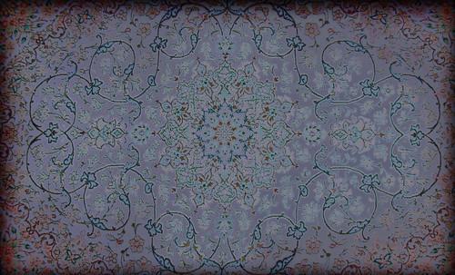 """Alfombras, espacios íntimos que simbolizan templos, árboles de la vida y el conocimiento, astros y paradisos. • <a style=""""font-size:0.8em;"""" href=""""http://www.flickr.com/photos/30735181@N00/31766537074/"""" target=""""_blank"""">View on Flickr</a>"""