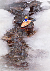 Seize the Moment (SavingMemories) Tags: seize moment winter melt ice water snow rapids kayak kayaking sports toy photography playmobil little nikkipaddlesportssue moffettsaving memories extreme