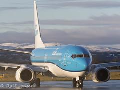 PB-BGB Boeing 737-800 KLM Glasgow airport EGPF 14.01-17 (rjonsen) Tags: plane airplane aricraft flying machine winter snow blue