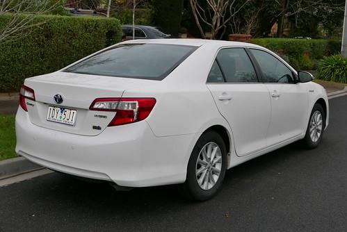 2015 Toyota Camry (AVV50R) Hybrid H sedan