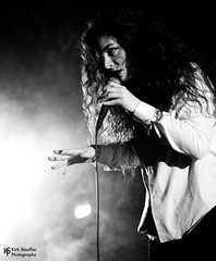 Lorde @ Showbox at the Market (Kirk Stauffer) Tags: show lighting new portrait bw musician music woman usa brown white black cute girl beautiful beauty smile smiling lady female wonderful hair lights photo amazing concert nikon women perfect punk long pretty tour singing sweet song feminine live stage gorgeous awesome gig great goddess young band adorable ella lord pop event wash zealand precious sing singer indie attractive stunning vocalist tall perform brunette lovely fabulous kiwi venue darling vocals kirk petite stauffer glamorous lovable d4