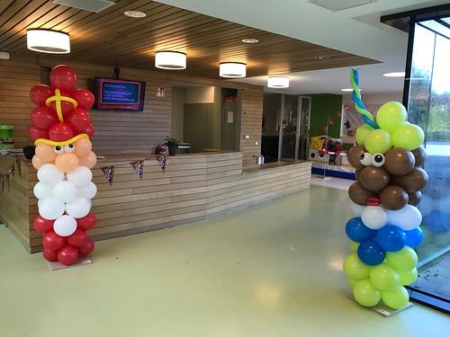 Ballonpilaar Sint en Piet OBS De Notenkraker Hoogvliet Rotterdam
