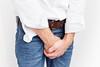 Peniskrebs – Hautveränderungen als erster Hinweis (gesundheitsmagazin) Tags: anzeichen bauch behandeln behandlung beschwerden blut blutung chemotherapie entzündung entzündungen gefährlich gesund haut hygiene impfung infektion infektionen körper krank krankheit krankheiten krebsart krebsarten leben lebensjahr lymphknoten mann männer medizin patienten rauchen reiten reiz schleimhaut sex studie symptome tb ultraschall untersuchungen veränderungen vergleich vorhaut warze warzen wickel incontinence man holding his crotch penis treatment hands covering pee problem health issue male infection sti std latvia