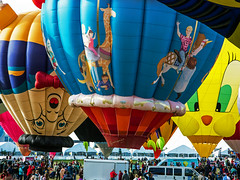 _5D33735 (dendrimermeister) Tags: hot air balloon festival fiesta flight color outside humpty dumpty tweety