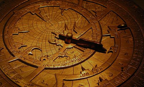 "Astrolabios, ubicantes de estrellas guía • <a style=""font-size:0.8em;"" href=""http://www.flickr.com/photos/30735181@N00/31797720163/"" target=""_blank"">View on Flickr</a>"