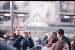 Takeshita Ent. (Harajuku Sta.) (xperiane (Extremely busy)) Tags: pentaxlx samyang85mmf14 kodak ultramax400 tokyo japan 原宿 竹下通り harajuku film フィルム epson v850 gtx980