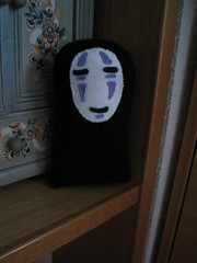 Kaonashi / No-face (elewa) Tags: monster toy stuffed handmade knit craft plush softie miyazaki noface spiritedaway ghibli knitted spirited kaonashi creepycute