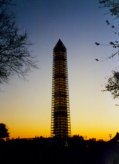 Washington Monument (bentilden) Tags: sunset usa color film monument washingtondc scaffolding national washingtonmonument nationalmonument michaelgraves