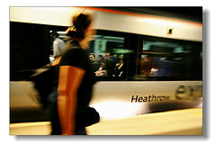 Metro@London (hk_traveller) Tags: 2005 uk trip travel vacation england people color london canon underground photo spring 300d canon300d metro traveller turbo  turbophoto