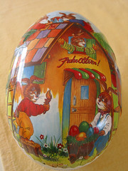 paasei / easter-egg ( Annieta  Off / On) Tags: color rabbit canon easter interestingness egg powershot explore g2 ei pasen pasqua paashaas paasei i500 annieta thebiggestgroup kakadoo multicoloredobject bochoven vanbochoven
