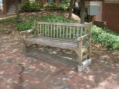 Banco (Daquella manera) Tags: bench washingtondc dc washington districtofcolumbia seat banco columbia slope cojo limp distrito asiento distritodecolumbia calza washingtoniana cojera
